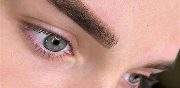 Перманентный макияж губ или бровей всалоне красоты Lash &Brow