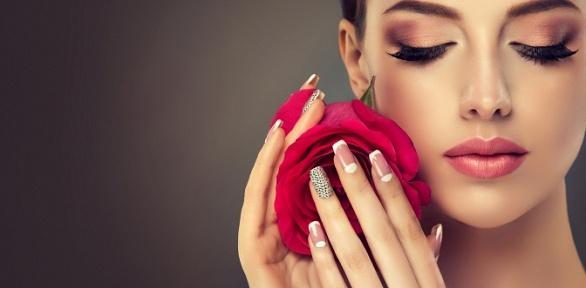 Маникюр ипедикюр спокрытием гель-лаком встудии Shabash Nails Hair Bar