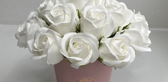 Букет измыльных роз вкоробке изсерии «Лайт», «Оптима» или «Профи»