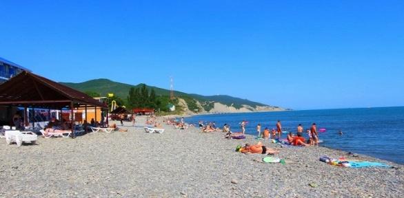 Проживание наберегу Черного моря набазе отдыха «Озереевка»
