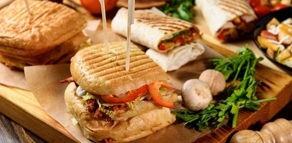 Пивной сет вкафе Sandwich House Dorf