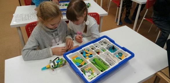 1, 2или 3курса развивающих занятий для детей вцентре «Технополис»