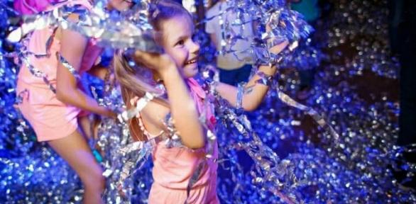 Проведение праздника или посещение игровой площадки вклубе «Миньон»