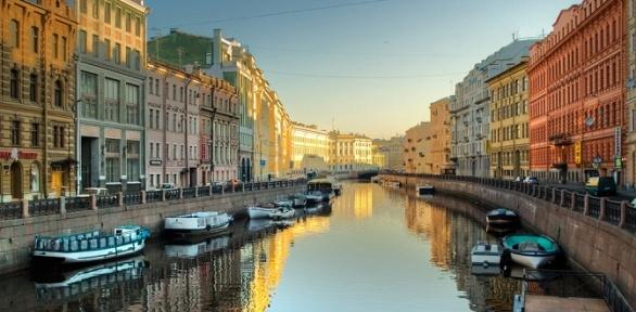 Тур вСанкт-Петербург вмарте иапреле