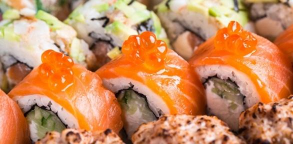 Роллы, суши инаборы отслужбы доставки Sushiyan27 заполцены