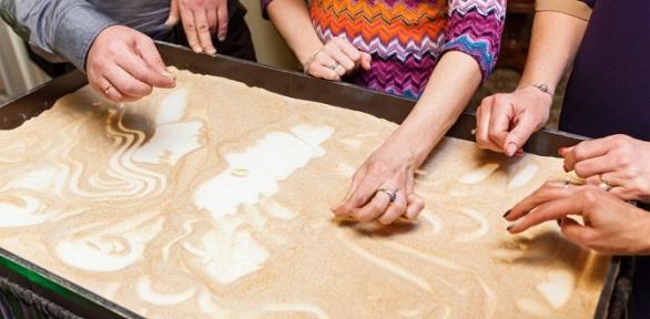 Посещение мастер-класса порисованию песком встудии «СэндПро»