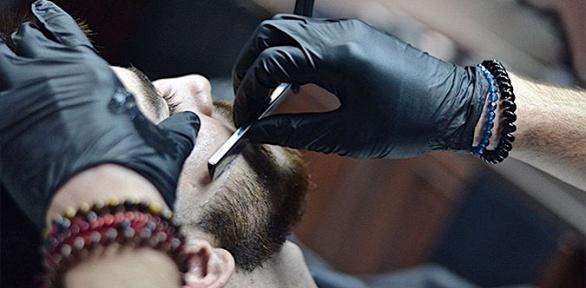Мужская стрижка, моделирование бороды вбарбершопе Rock`n`Cut
