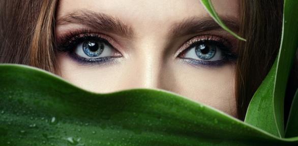 Наращивание ресниц встудии красоты «Шкаф»