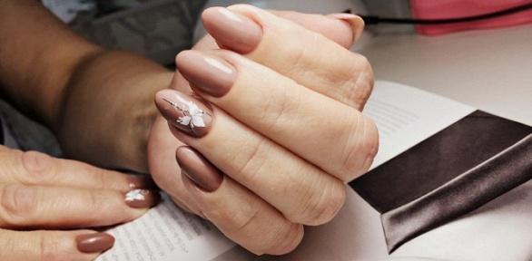 Маникюр ипедикюр спокрытием ногтей гель-лаком встудии YourBody