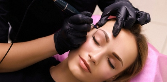 Перманентный макияж всалоне «Горячие ножницы»