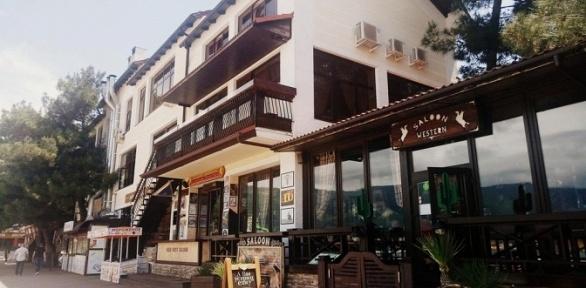 Отдых вГеленджике наберегу Черного моря вапарт-отеле «Панорама»