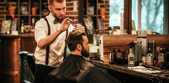 Мужская стрижка, бритье вбарбершопе Gulo