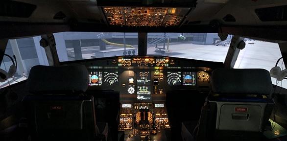 Полет наавиатренажере самолета или вертолета отклуба Sim Dream