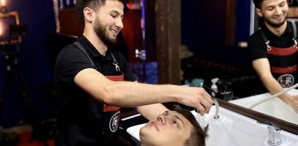 Стрижка, моделирование бороды ибритье вбарбершопе Monster Barber