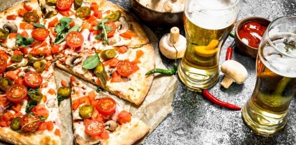 Пицца, чайная карта иразливные пенные напитки откафе «Аншлаг» заполцены
