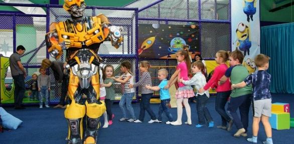 Посещение игрового лабиринта для детей вигровой комнате «Космоклуб»