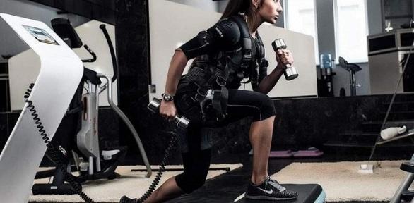 До12персональных EMS-тренировок встудии Body_lab_tambov