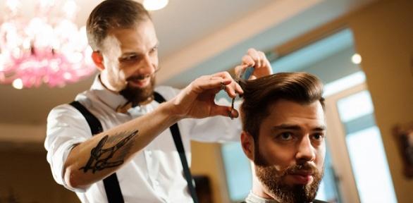 Стрижка, моделирование бороды, опасное бритье всалоне красоты Stiletto Lab