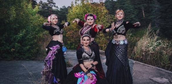 Занятия танцами попрограмме American Tribal Style вшколе танцев «Иштар»