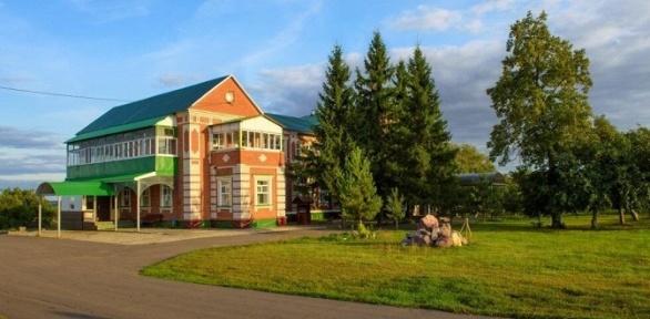 Отдых сзавтраком вкомплексе «Русская деревня»