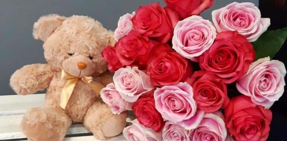 Букет изроз, тюльпанов, цветочная композиция