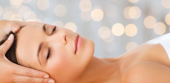 Чистка или пилинг лица, фотонотерапия всалоне красоты «Фигаро»