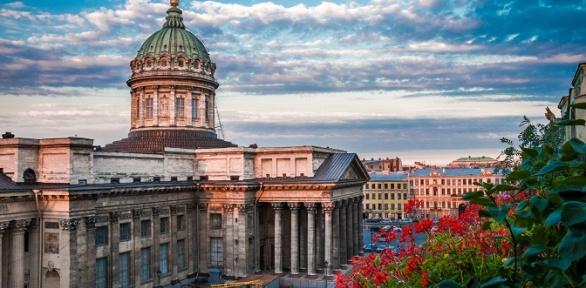 Экскурсия поСанкт-Петербургу отагентства «Виктория»