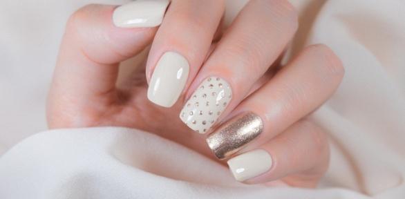 Курс моделирования или дизайна ногтей отстудии ногтевого сервиса CNI