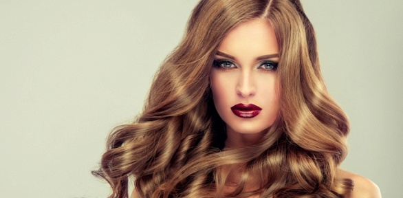 Стрижка, уход, окрашивание волос изавивка впарикмахерской «Эмилия»