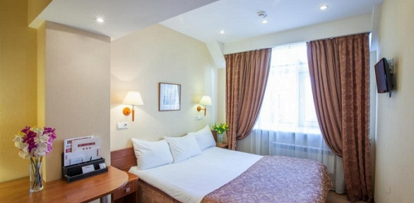 Отдых вценте Санкт-Петербурга сзавтраками вбизнес-отеле Marmara
