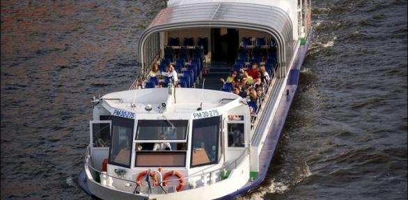 Прогулка натеплоходе «Столичный-1» поМоскве-реке откомпании Boat-Tour