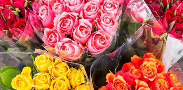 Букет изкенийских или эквадорских роз