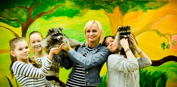 Посещение контактной выставки ручных енотов откомпании «ЕнотоДрайв»