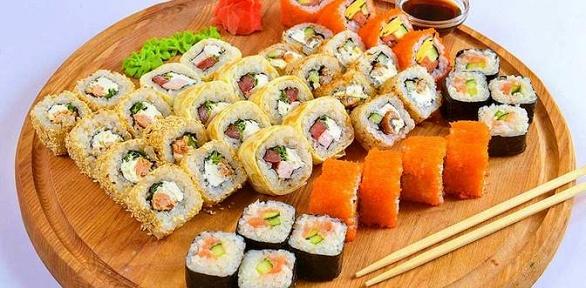 Пицца-сет или ролл-сет отсети кафе японской кухни «Японец»