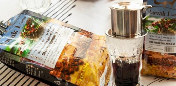 Зерновой или молотый кофе скапельной кофеваркой либо без