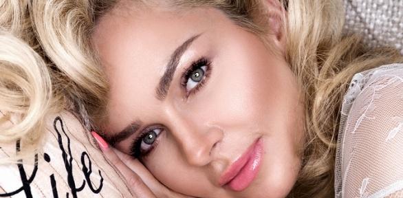 Перманентный макияж век, бровей, губ или двух зон отсалона красоты Mary