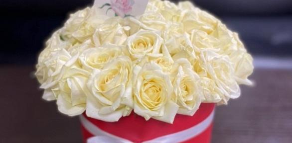 Букет изтюльпанов или роз