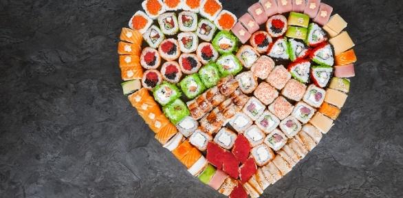 Сеты роллов отслужбы доставки «Суши Love» заполцены
