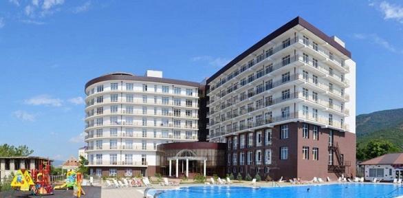 Отдых с3-разовым питанием, посещением бассейна впансионате «Кубань»