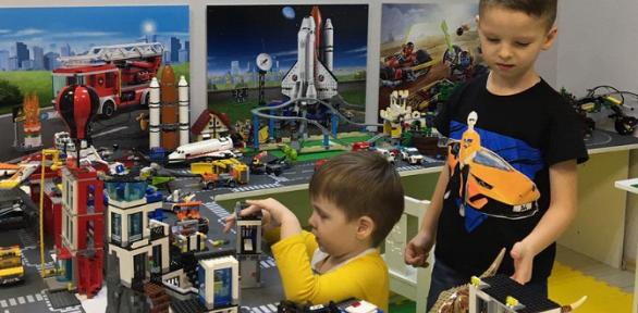 Посещение или проведение праздника вигровом Lego-пространстве «Легодом»