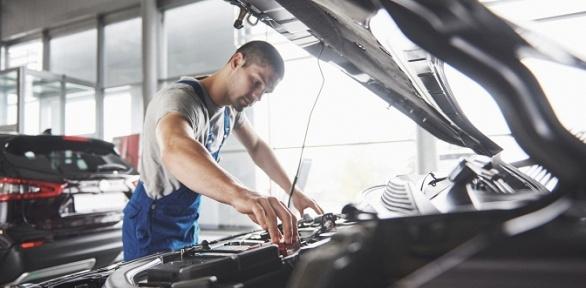 Диагностика автомобиля, замена масла или колодок отавтосервиса Servistut