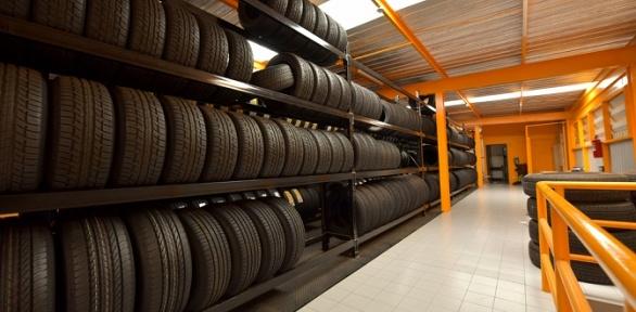 Хранение комплекта шин автомобиля отавтосервиса «ПроС.Т. О.»
