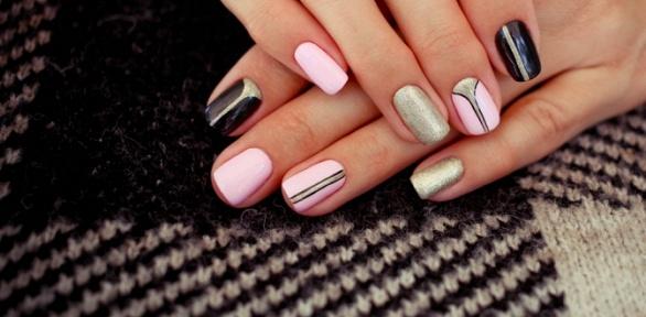 Маникюр или педикюр спокрытием ногтей навыбор всалоне Golden Style