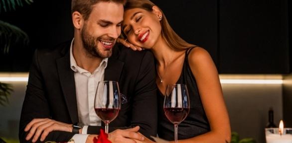 Романтический, дружеский или ужин для компании взале «Кабинет Чарушин»