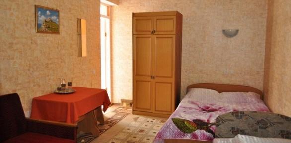 Отдых вФеодосии наберегу Черного моря вгостевом доме «Колорит»