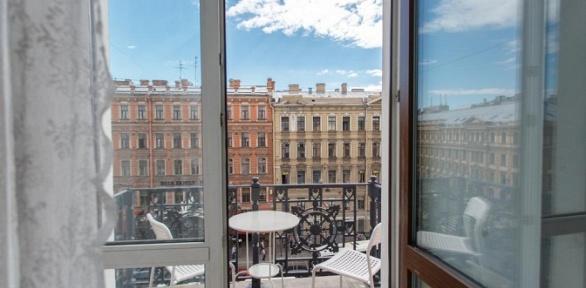 Отдых вцентре Санкт-Петербурга вмини-отеле «Табурет ичемодан»