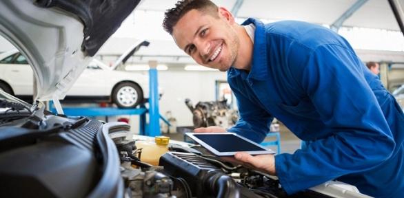 Диагностика авто, замена масла вавтосервисе Evocar