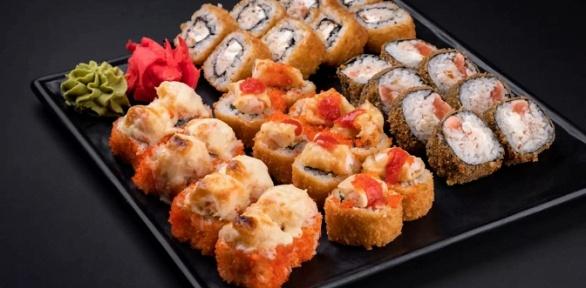 Сет изроллов отмагазина японской кухни Sushi Shop