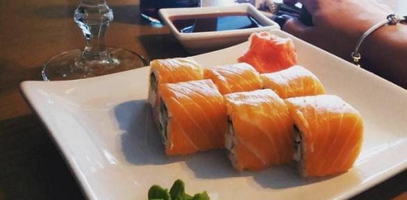 Ужин вяпонском стиле вбаре Magic Bar &Chillout