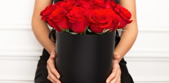 Розы вшляпных коробочках отBlossom Shop Ufa